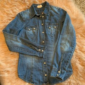 &Denim by H&M Snap button shirt size 4